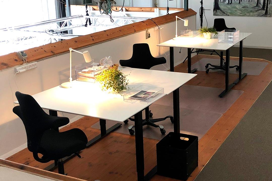 Værftets kontorpladser på Broen som har udsigt over studiet og Køge å